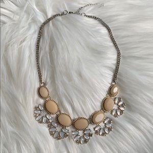 Francesca's peach & cream necklace